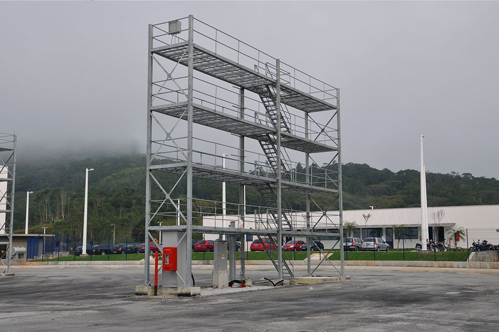 Torre para Containers Refrigerados